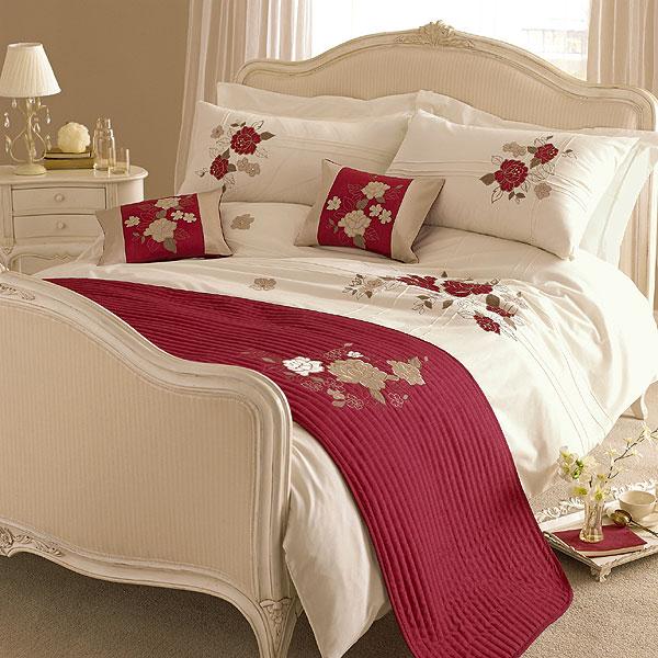 Modern Furniture Embroidered Bedding Designs 2012