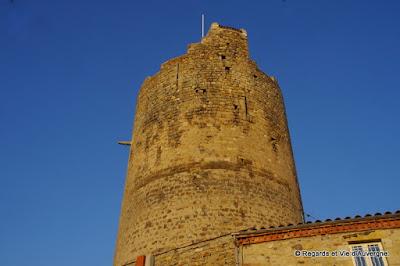Montpeyroux, Puy-de-Dôme. la tour féodale