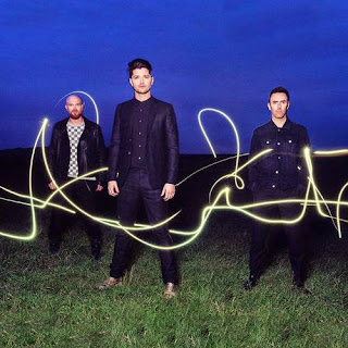 Lirik Lagu The Script Man On A Wire Lyrics