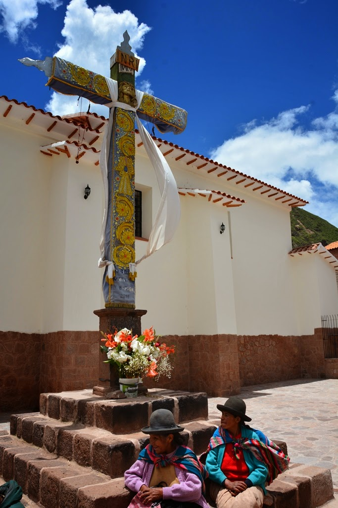 Pisac Market church