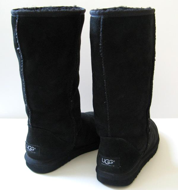 black classic uggs size 6