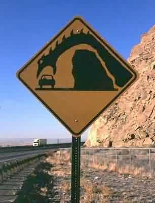 http://2.bp.blogspot.com/-48AKP4xx4uE/TocKyPpw5TI/AAAAAAAAW38/zPEh_3qY6lk/s400/roadsign.jpg