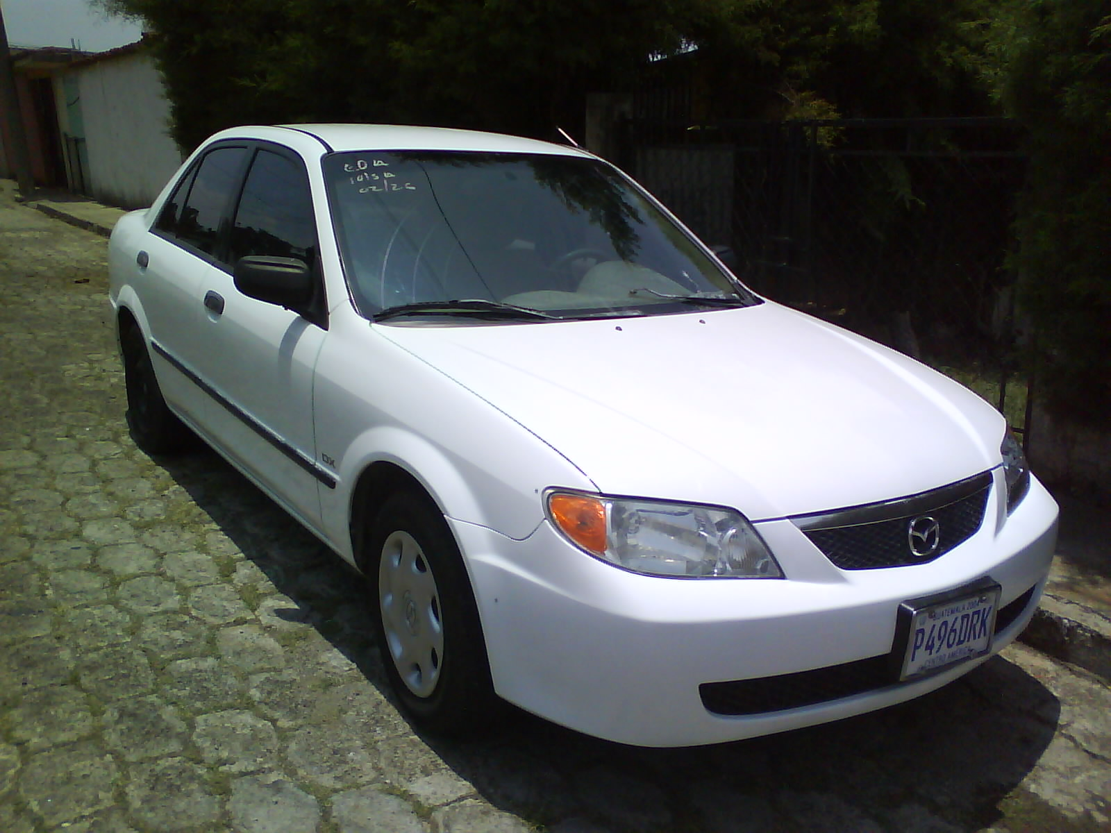 01 car wallpaper: mazda protege: one of mazda's best selling vehicles