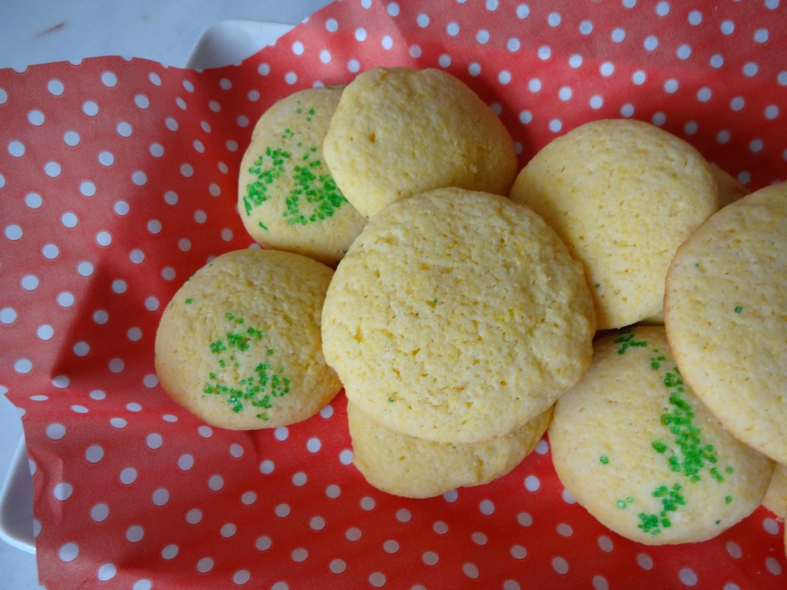 Pretty. Awkward. Life.: Cornmeal Lime Cookies