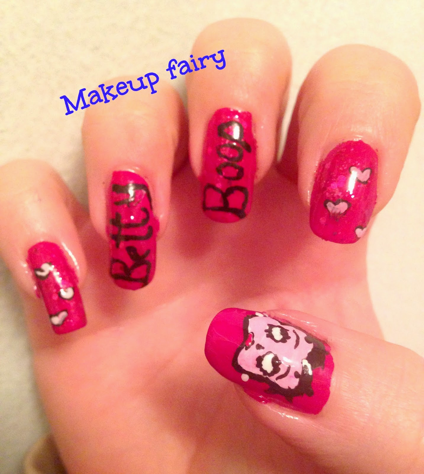 Betty Boop Nails: Tinklesmakeup: Betty Boop Nail Art