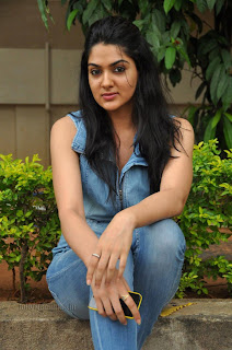 Sakshi choudary gorgeous looking Pictures 015.jpg