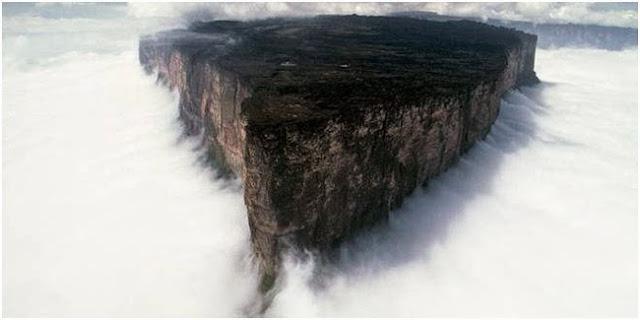 Gunung Roarima