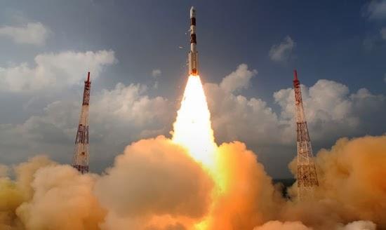 India Berhasil Luncurkan Misi ke Planet Mars