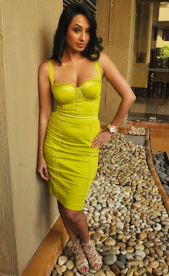 Kashmira Shah yellow short dress