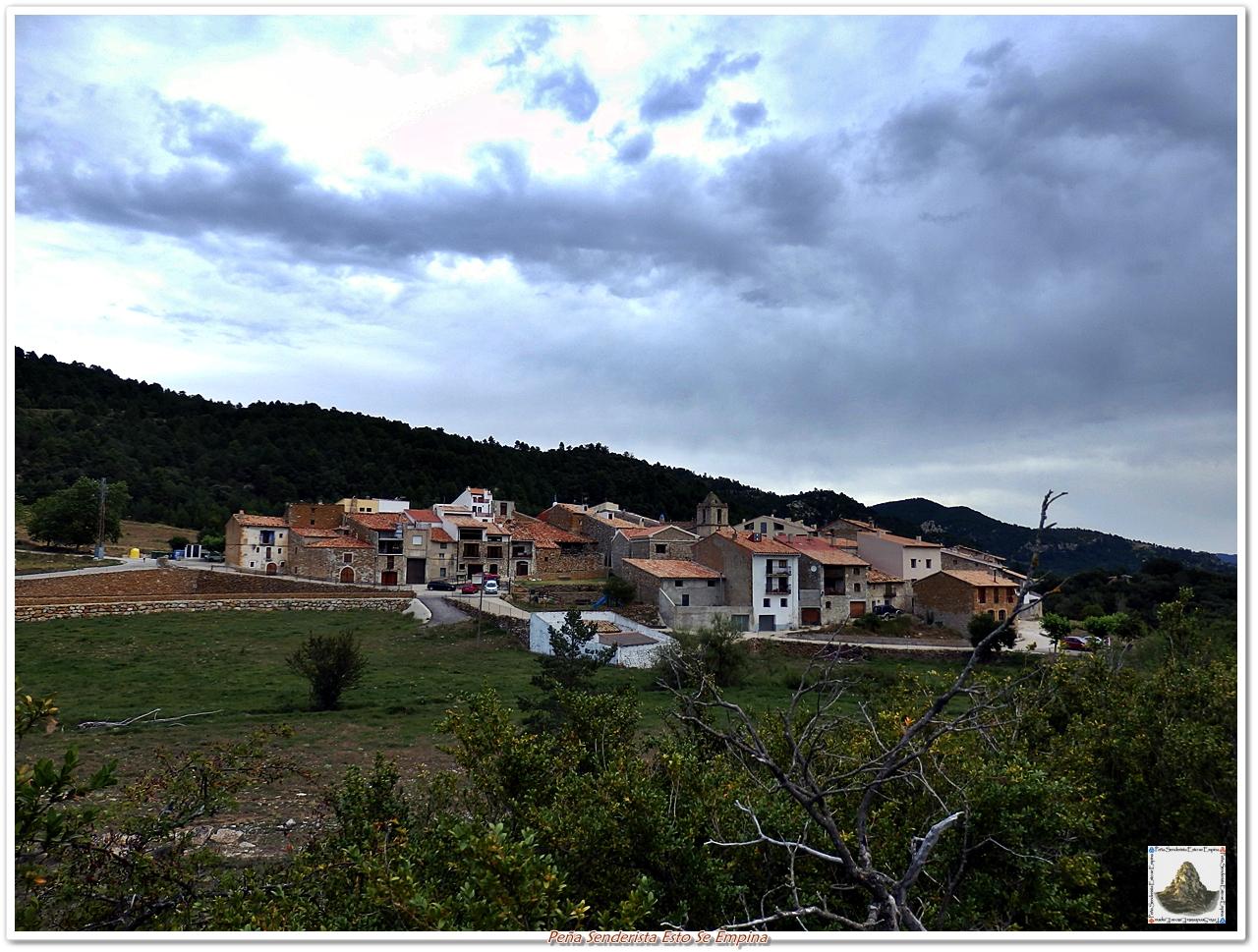 Pe a senderista esto se empina fredes el boixar 4 etapa de la ruta dels 7 pobles cims - Casa rural fredes ...
