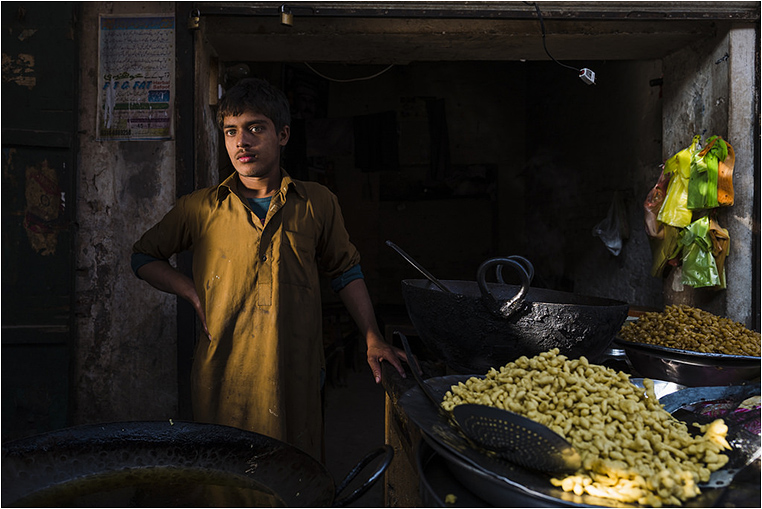 Emerging Photographers, Best Photo of the Day in Emphoka by Sohail Karmani