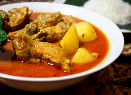 3 hungry tummiesMy Grandfathers Favourite Chicken Curry