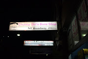 "Here's another of the under awning sign: Google ""Chubby girls bunz"" if you ."