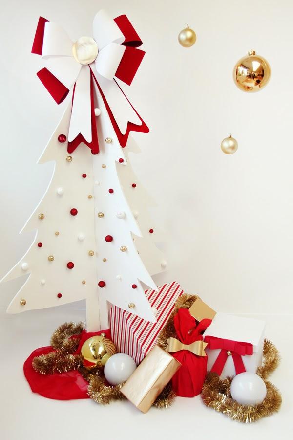 http://www.studiodiy.com/2012/11/20/diy-faux-christmas-tree/