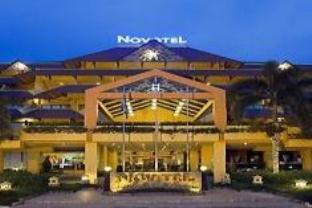 alamat hotel bintang 5 di batam: Daftar lengkap hotel bintang 4 dan 5 di batam