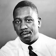 . (Indiana) el guitarrista de jazz norteamericano Wes Montgomery, .