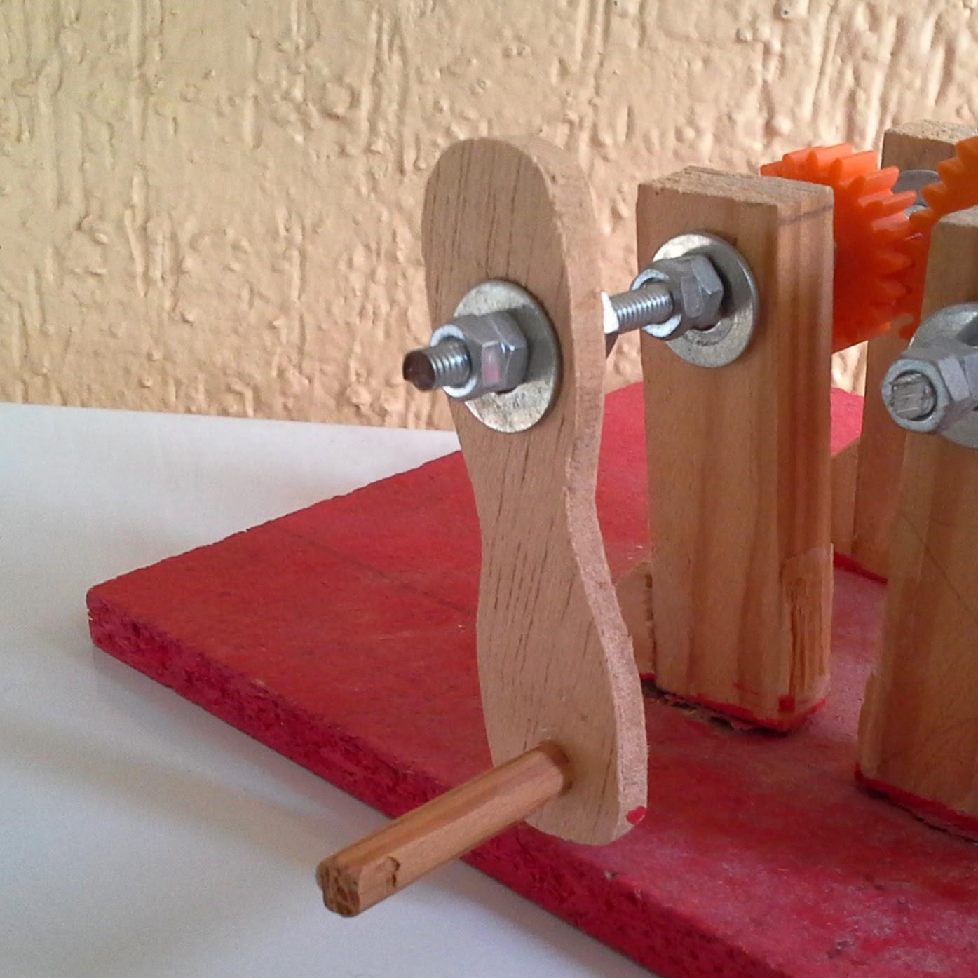 Proyectos de tecnolog a c mo fabricar una manivela for Material para toldo