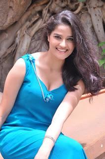 Sneha Thakur  Picture Gallery 11.JPG
