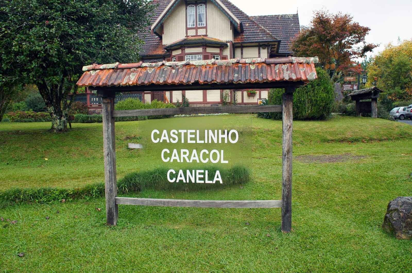 Castelinho Caracol e o famoso apfelstrudel