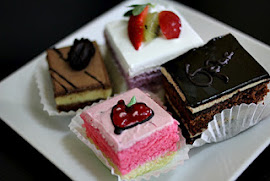 PACKAGE OF SLICE CAKE 4 JENIS