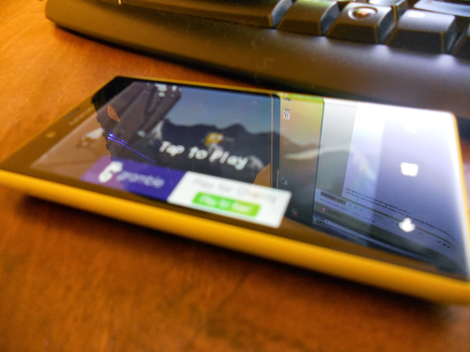 http://www.windowsphone.com/en-us/store/app/square-off/3a3e5ed5-6570-e011-81d2-78e7d1fa76f8