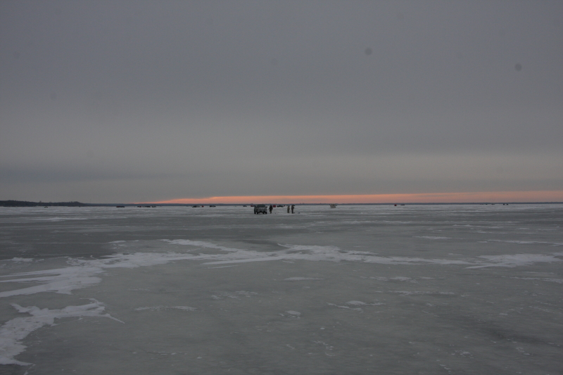 The complete angler lake winnipeg wins round one for Lake winnipeg fishing report
