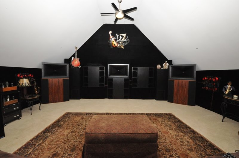 retro vintage modern hi-fi: Klipschorn Jubilee Home Theater and Two on oriental home theater, 3d home theater, gold home theater, leather home theater, tropical home theater, european home theater, pop home theater, black home theater, new wave home theater, comfy home theater, mexican home theater, mid century modern home theater, messy home theater, ultra modern home theater, classy home theater, 70s home theater, anime home theater, old home theater, 1990s home theater, horror home theater,