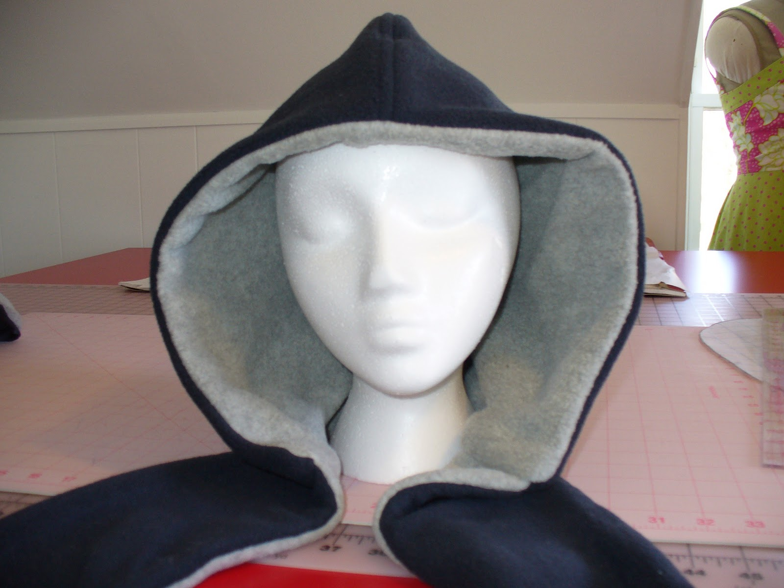 Becca\'s Crazy Projects: How to make a Scoodie