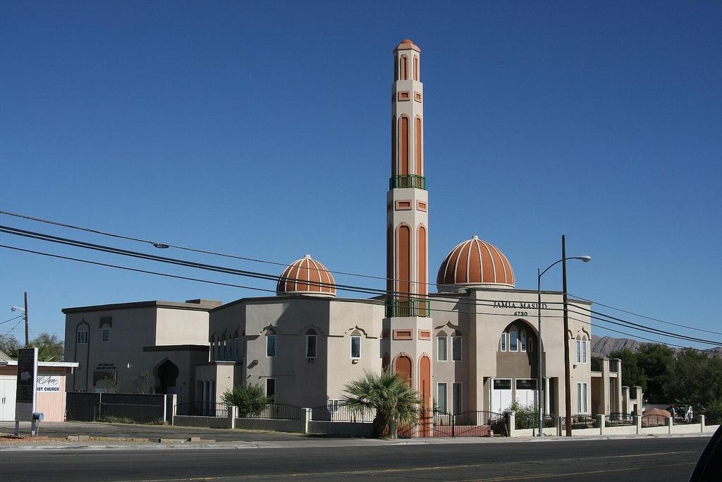Meluruskan Kesalahpahaman tentang Islam, Warga Georgia Belajar tentang Islam di Masjid Setempat