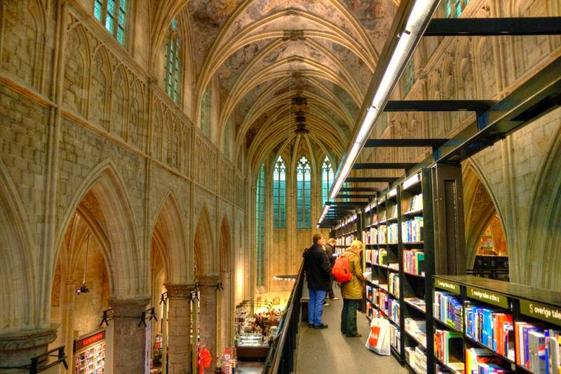 Selexyz bookstore in the Dominican church in Maastricht