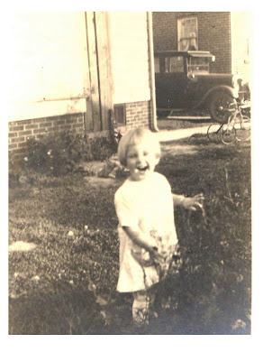 Janet 1924 age 2