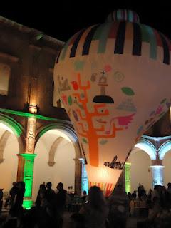 Exhibición de Globos de Cantoya de Paracho en la Feria de Turismo Cultural en Morelia