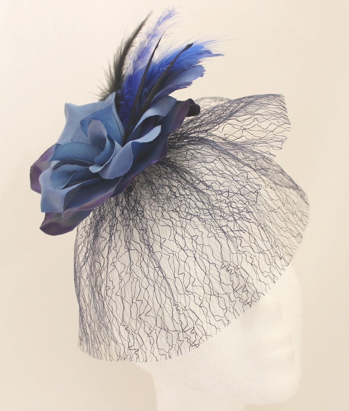Colección Zinnia - Tocado Tul Azul Flor