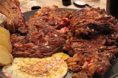 Carne con provolone. Blog Esteban Capdevila