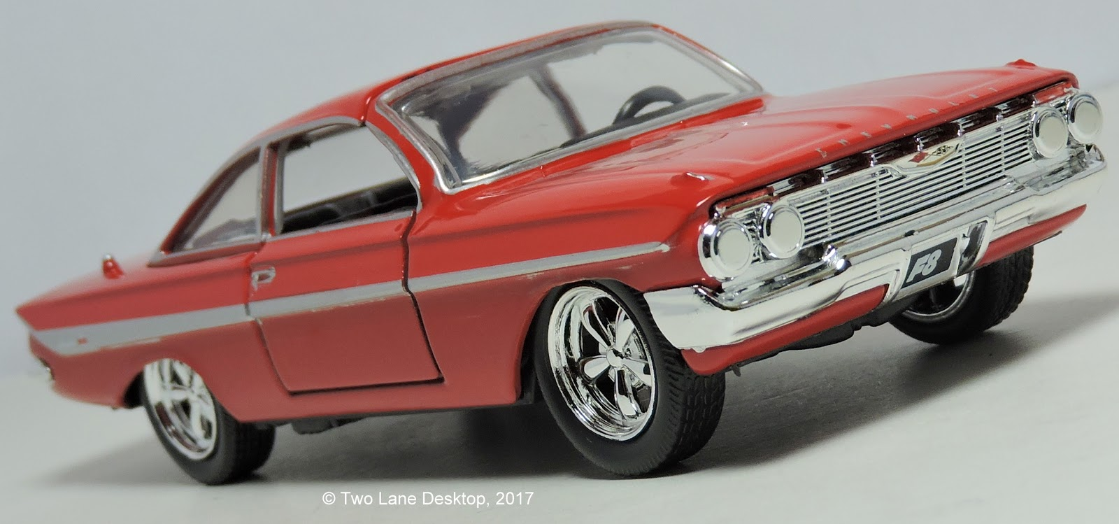 Two lane desktop jada toys 1 32 and hot wheels 1 64 1961 chevrolet impala