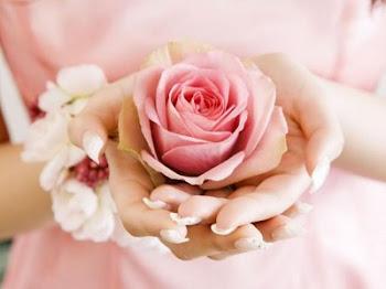 rosas mas mãos