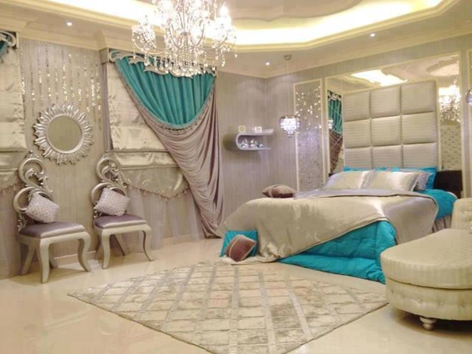 Home decor brilliant turquoise interior designs for Turquoise bedroom decor