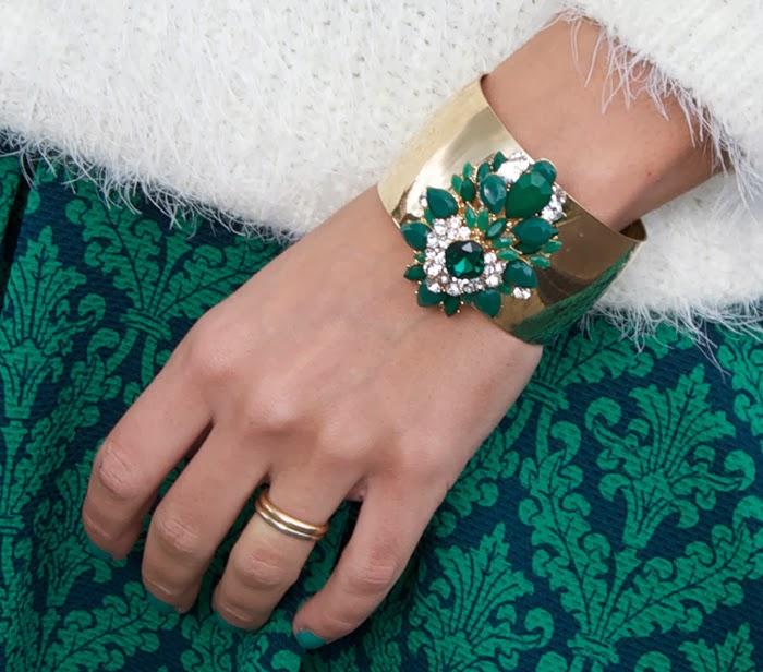 bracciale oro e pietre verdi