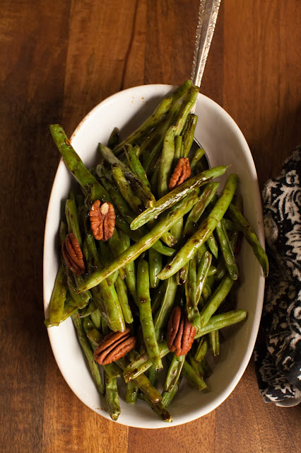 roast green beans with balsamic thyme reduction for Thanksgiving