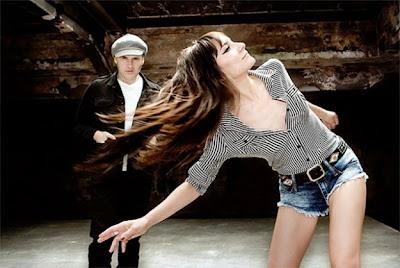 Imagen promocional del sexto disco de Amaral