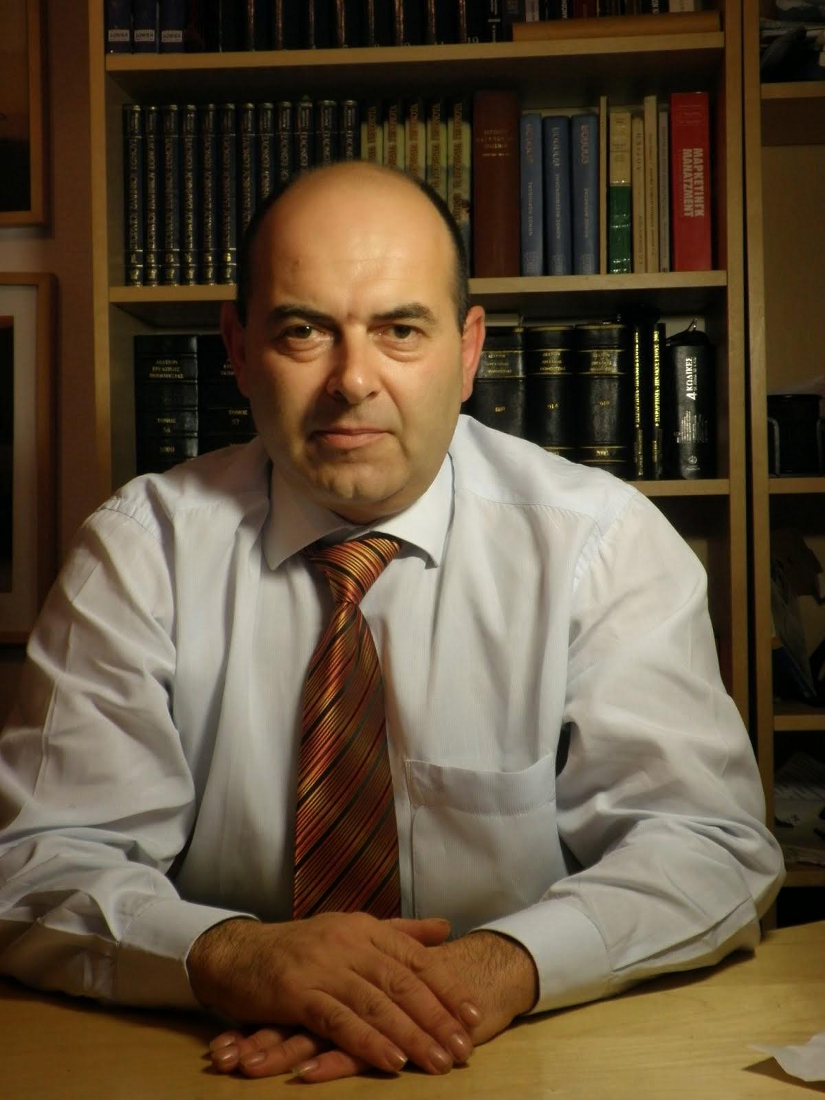 Ντάνης    Χ.   Αθανάσιος