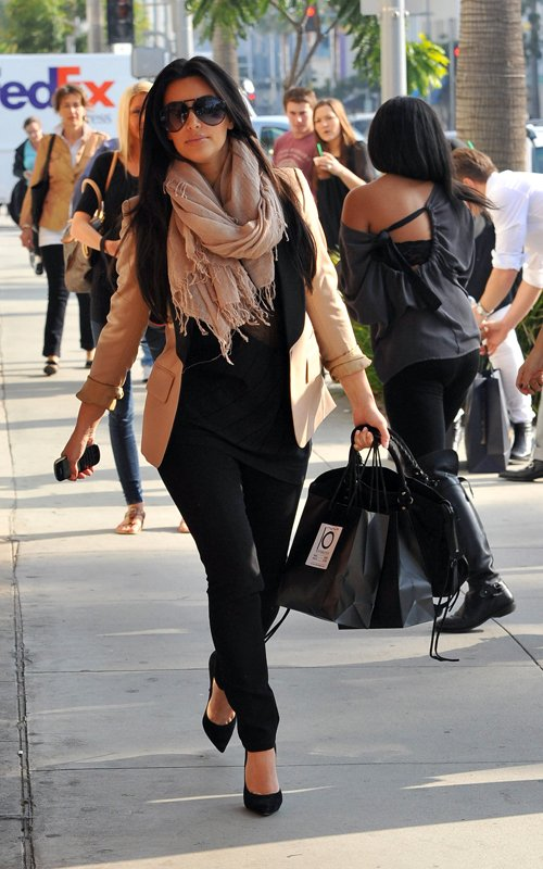 Fashion Beauty Glamour Kim Kardashian Out In Beverly Hills January 7 2012