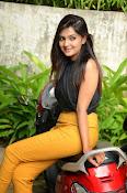 Neha deshpande glam pics-thumbnail-8