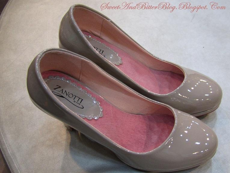 Lady Gaga Shoes Kolkata