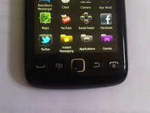 http://2.bp.blogspot.com/-4CSw0OObqgk/TcuUthwmYzI/AAAAAAAAAC8/FOvvnk2zaNg/s1600/BlackBerryTouch9860leak-218-85.jpg