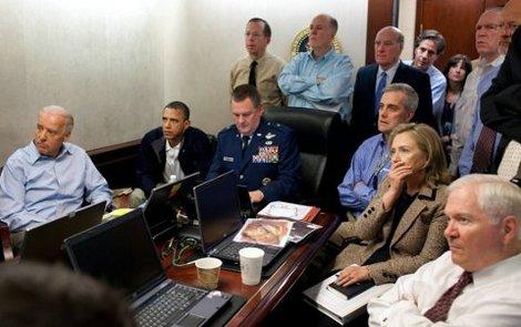 'Foram os 38 min mais intensos da minha vida', diz Hillary sobre morte de Bin Laden