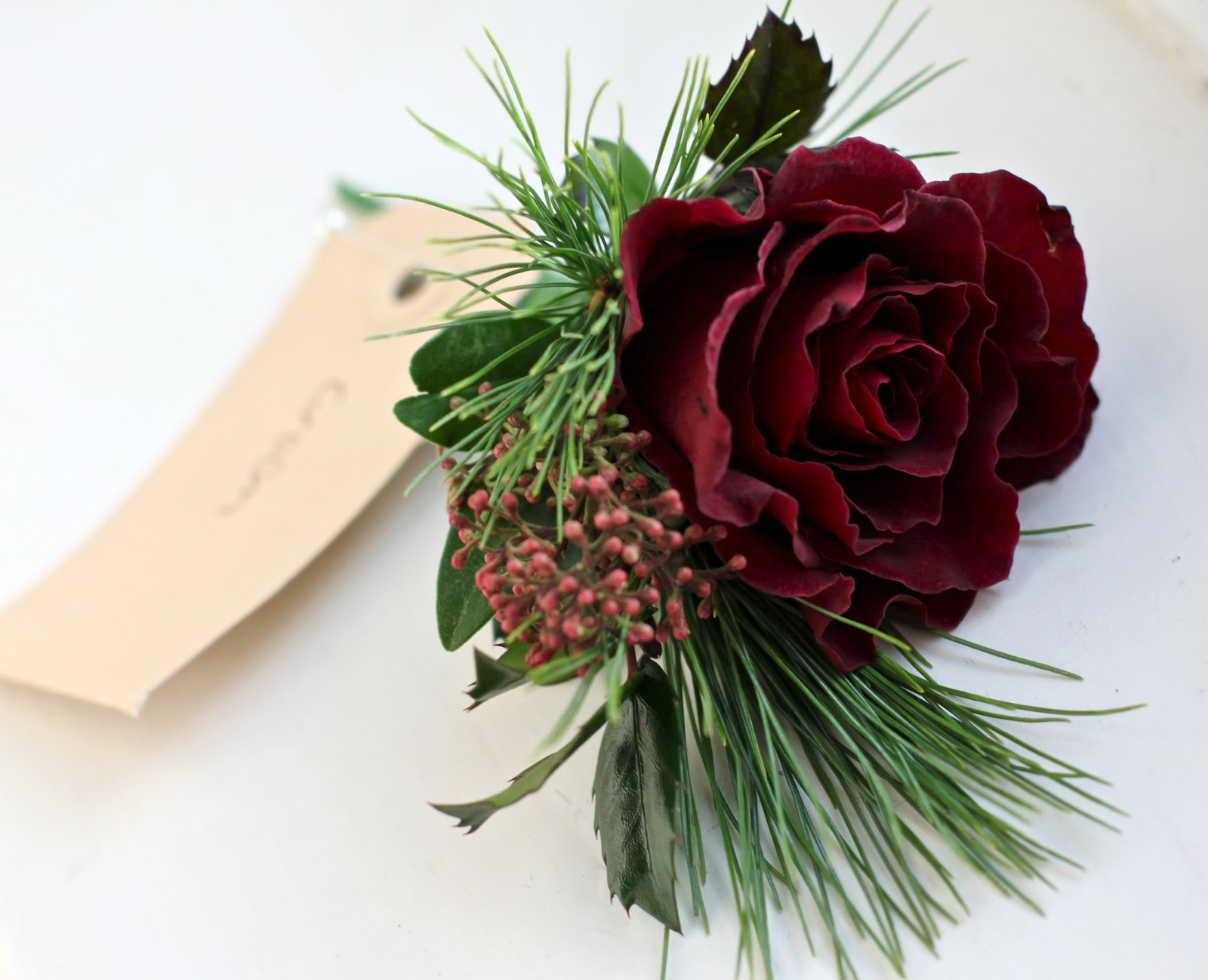 Christmas Wedding Bouquets Ideas : Wedding flowers december