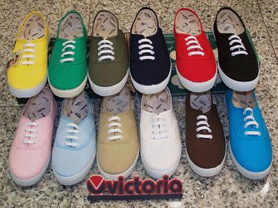 Livingshoes zapatos de los a os 80 for Zapatillas paredes anos 90