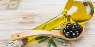 Minyak Zaitun Untuk Membersihkan Komedo Di Hidung Dan Secara Alami