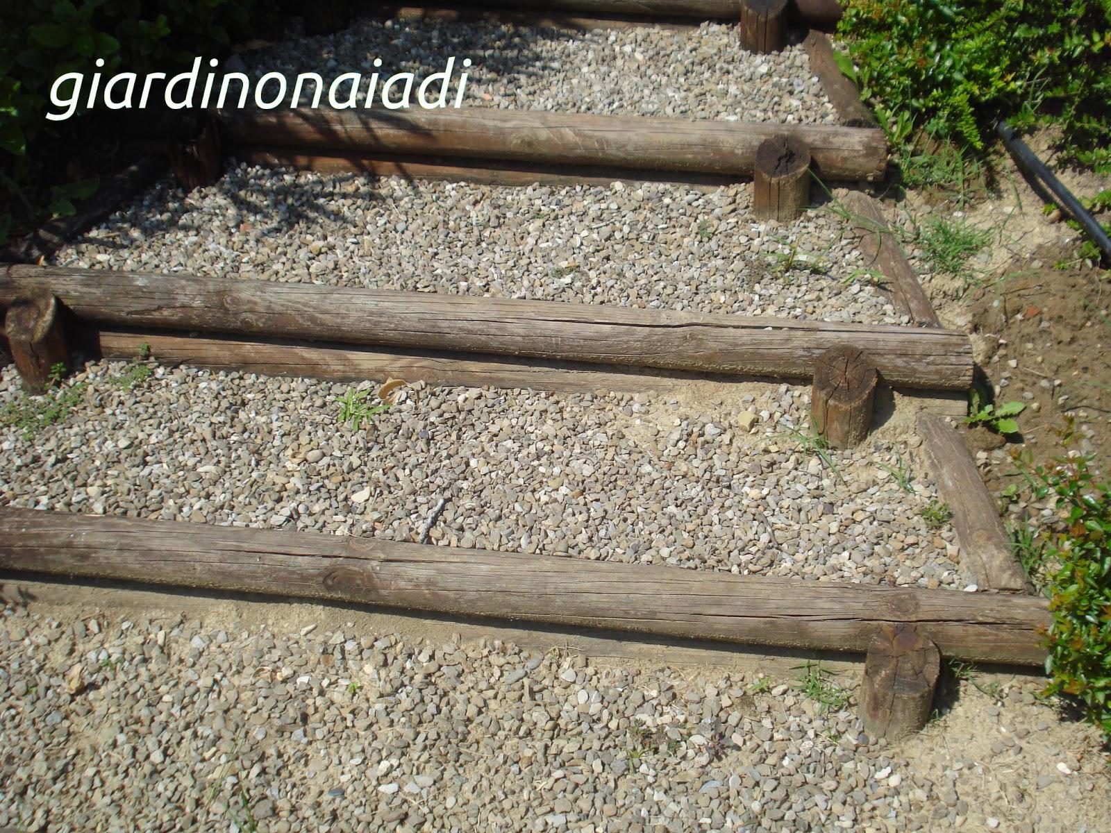Il giardino delle naiadi due passi in giardino seconda parte - Gradini in cemento per esterno ...